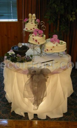 Wedding Cake Table Decor (By AP CREATIONS).